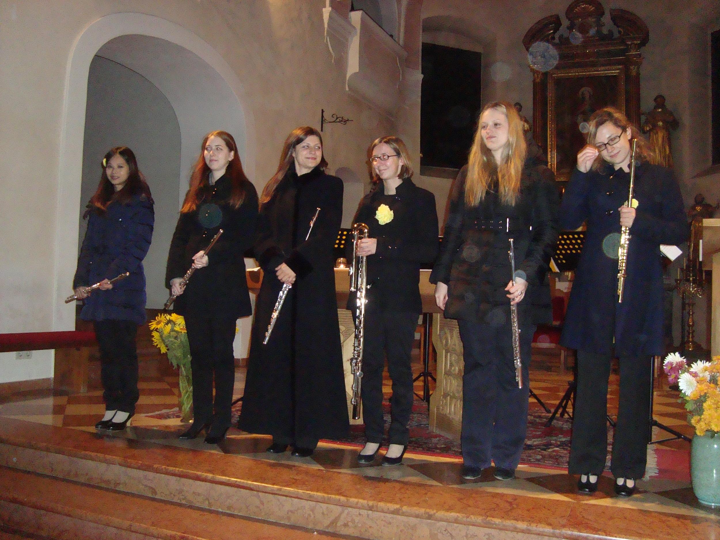 Kirchenkonkert mit Ensemble querArt.JPG