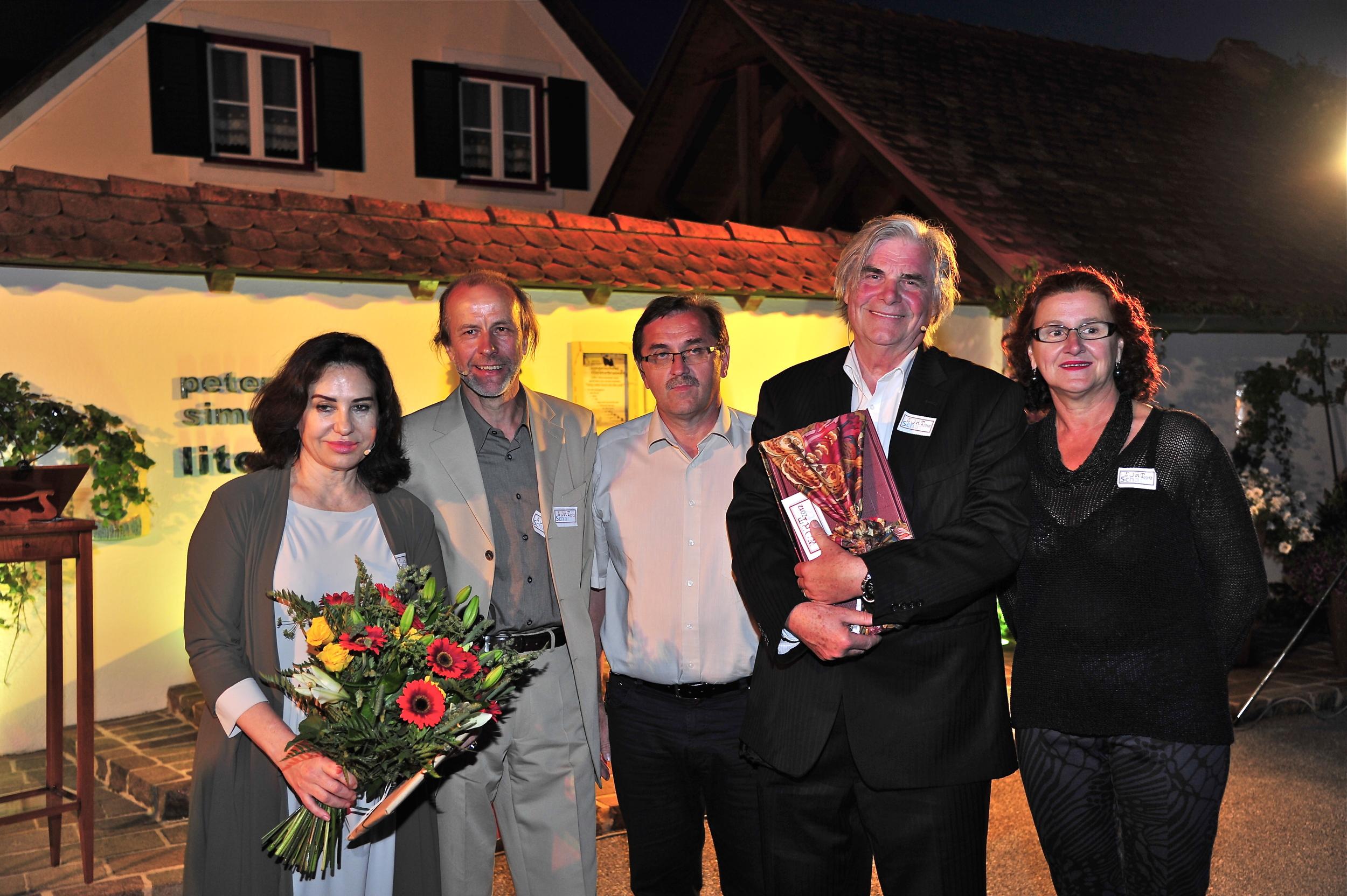 Brigitte Karner, Werner Sonnleitner, Bgm. Otmar Hiebaum, Peter Simonischek, Christa Sonnleitner, Wortschatz 2012 Literaturwettbewerb