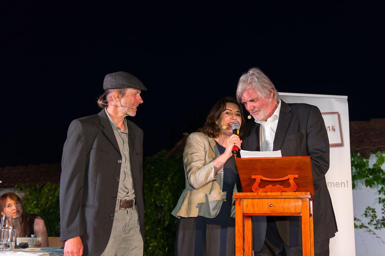 Siegerehrung Wortschatz Literaturwettbewerb in der Oststeiermark mit Brigitte Karner und Peter Simonischek