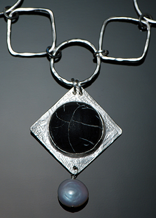 etched black agate in silver with pearl