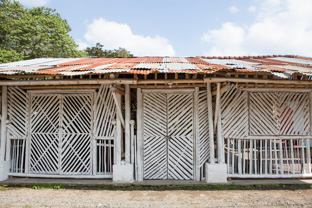 a small OPEN AIR building made fromguadua, a local BAMBO.