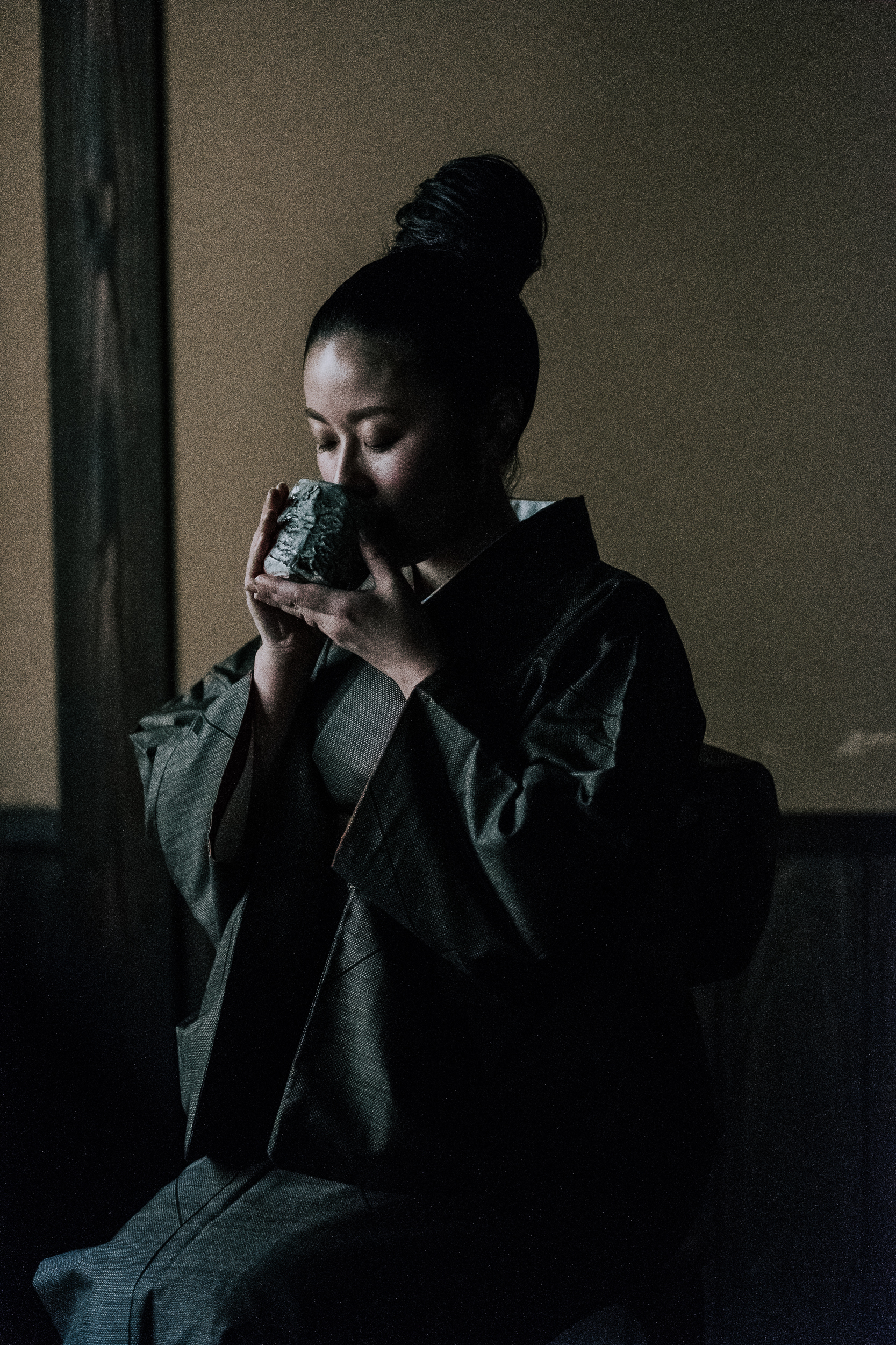 The young matriarch of Ryokan Sanga, Mayu Goto,posing beautifully.