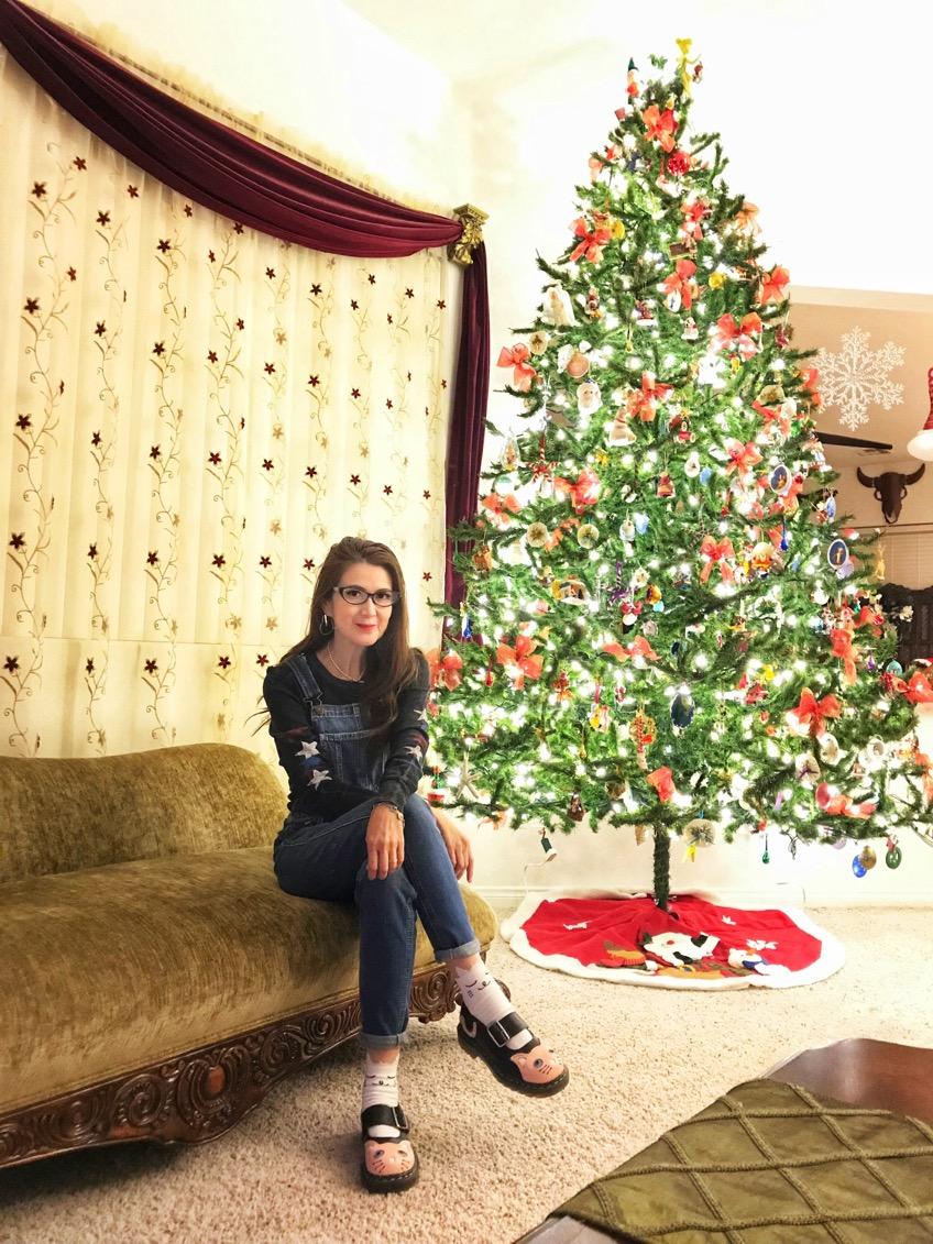 #Christmas   #season  always brightens my heart.🎄 #tree   #lights