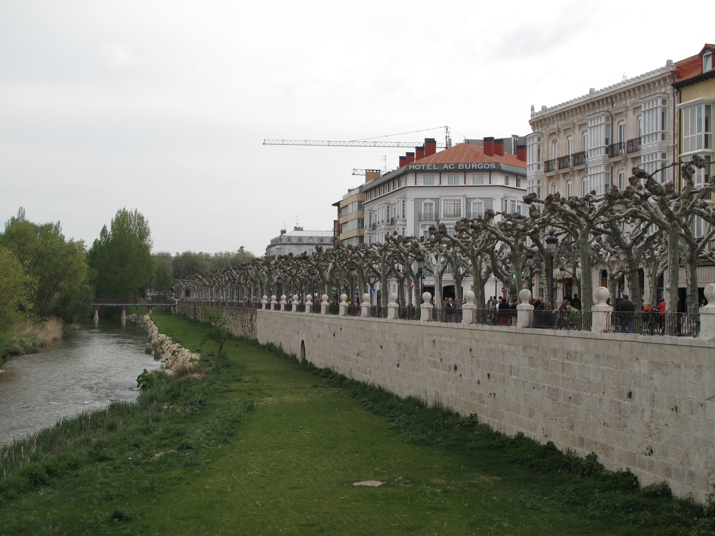 The view in Burgos down by the river is breathtaking.