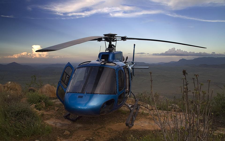 helicopter-kenya-tropic-air-1.jpg