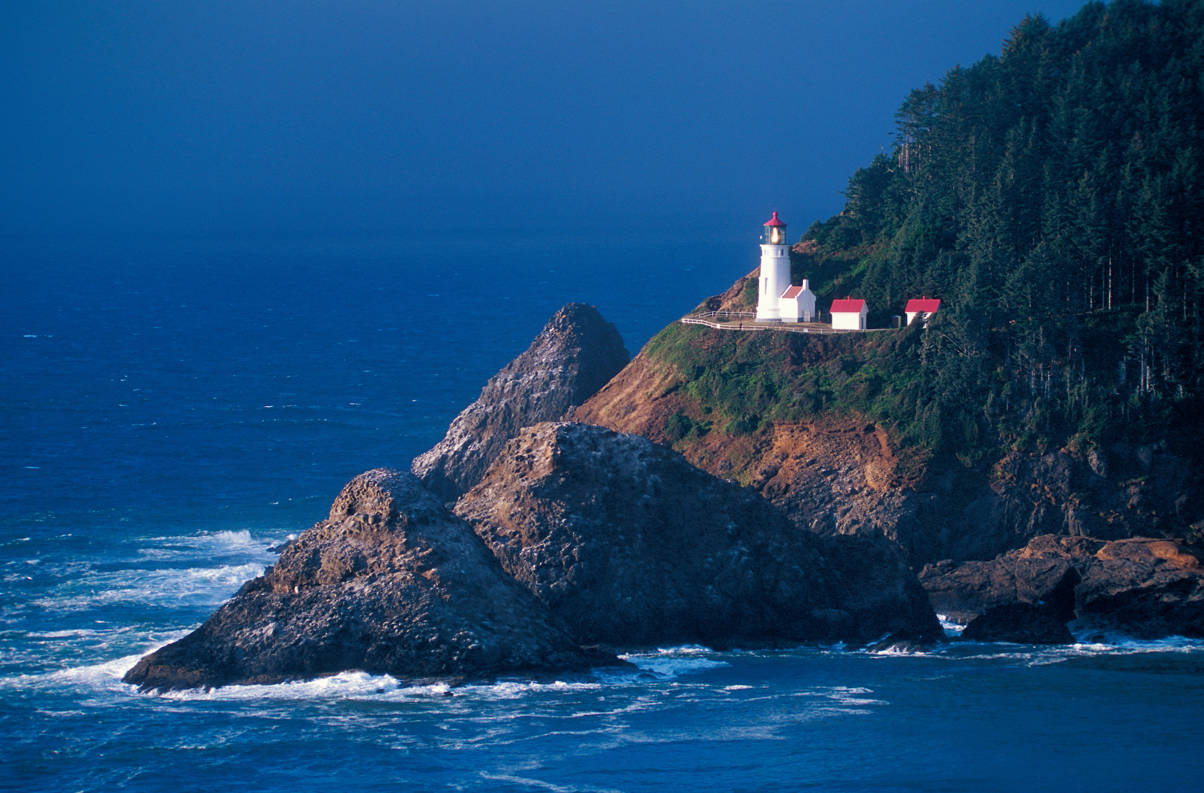 muench-workshops-Heceta-Head-Lighthouse.jpg
