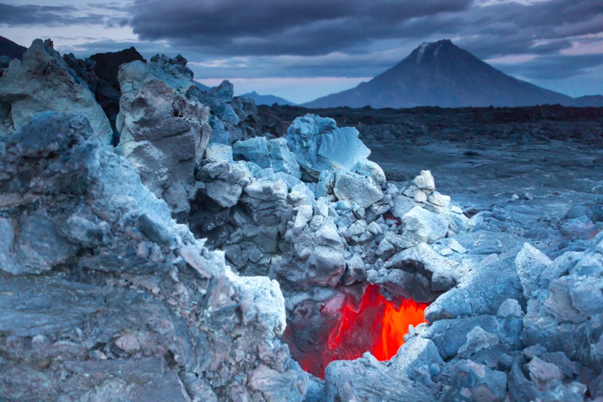 ©Denis Budkov Tolbachik volcano ash Kamchatka.JPG
