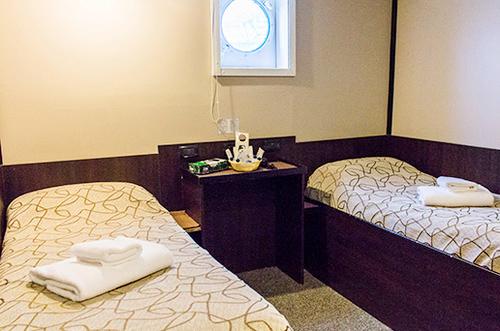 Standard Plus Twin Cabin, Private Bathroom
