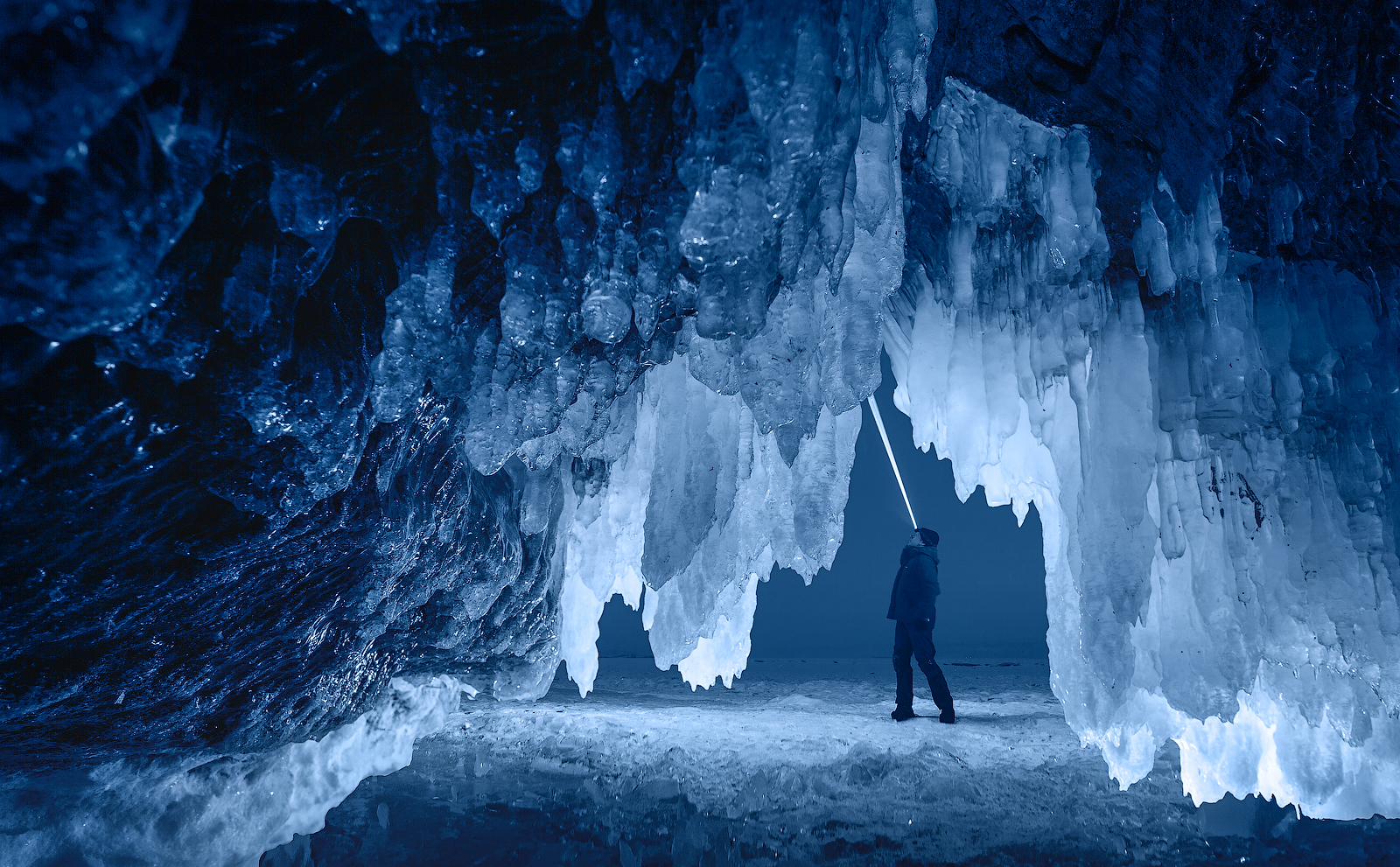 cave4ForWeb.jpg