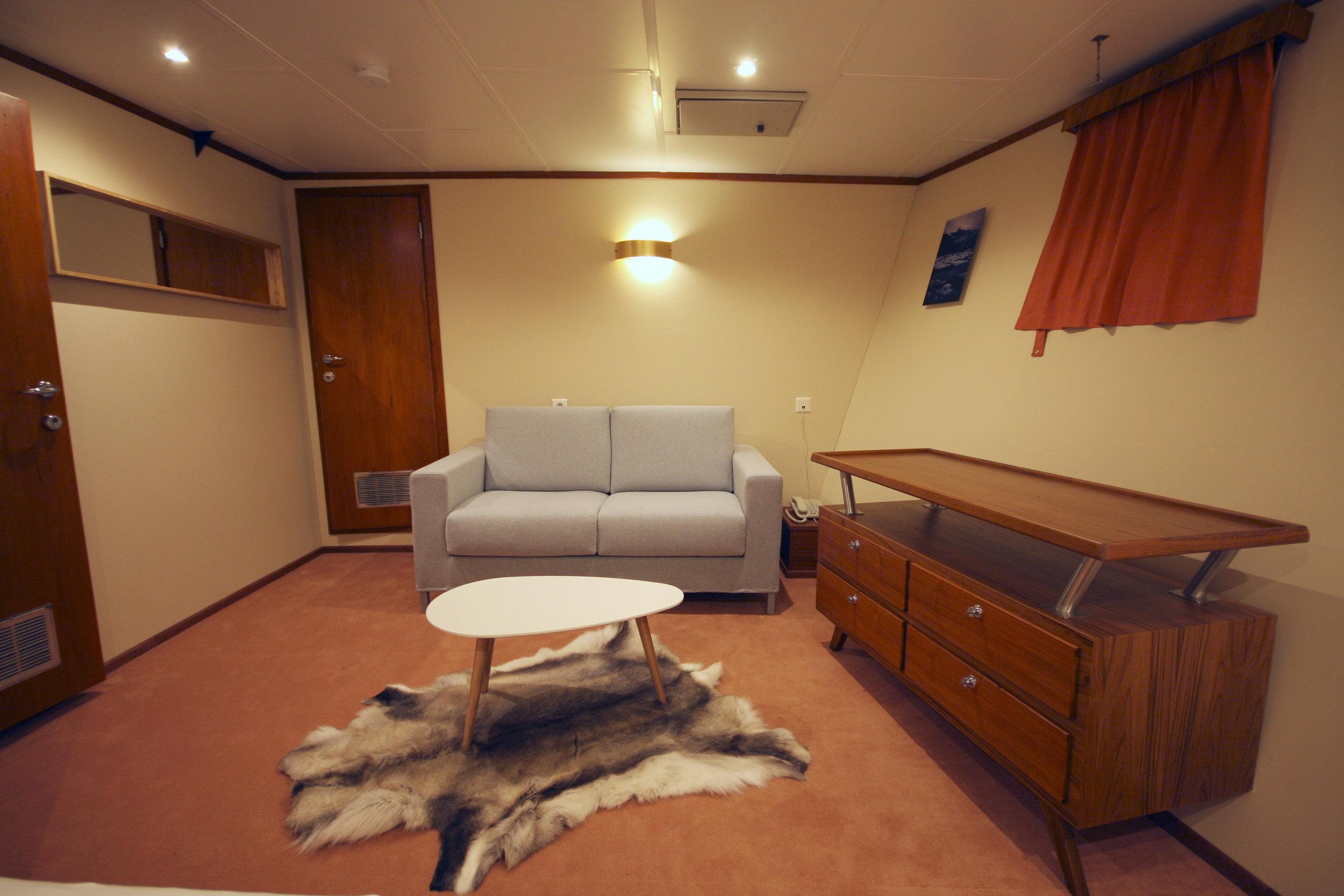 Polarfront Suite 1 - sitting area.jpg