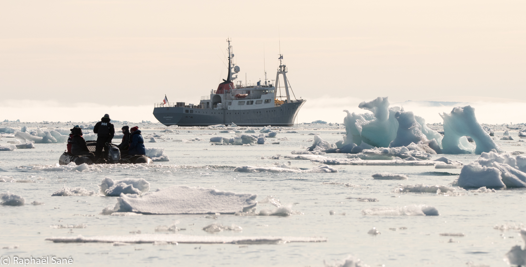 (c)+SANE+RAPHAEL-+Polarfront+in+Svalbard-8.jpg