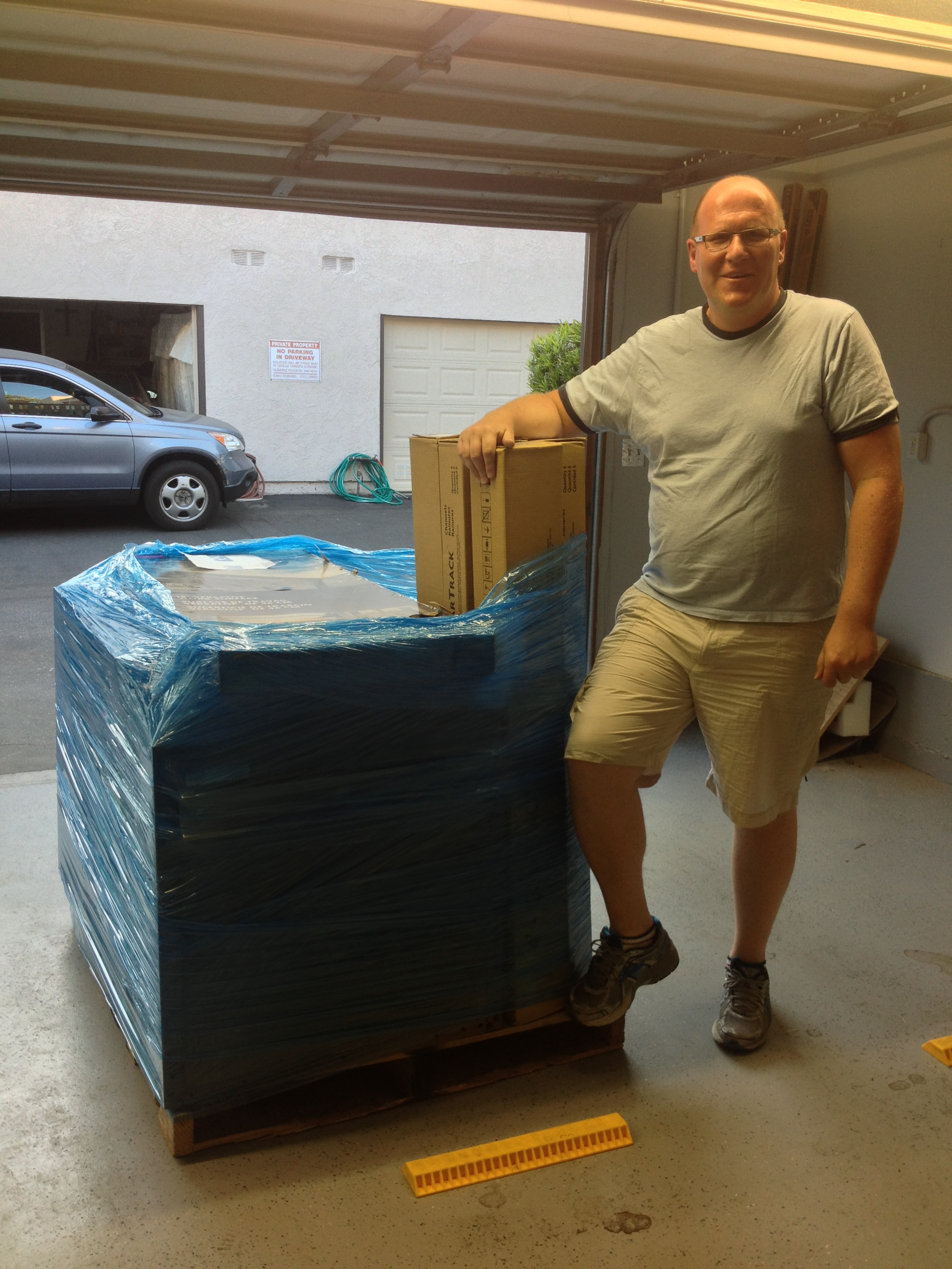Dan with the first big pallet off of the truck.