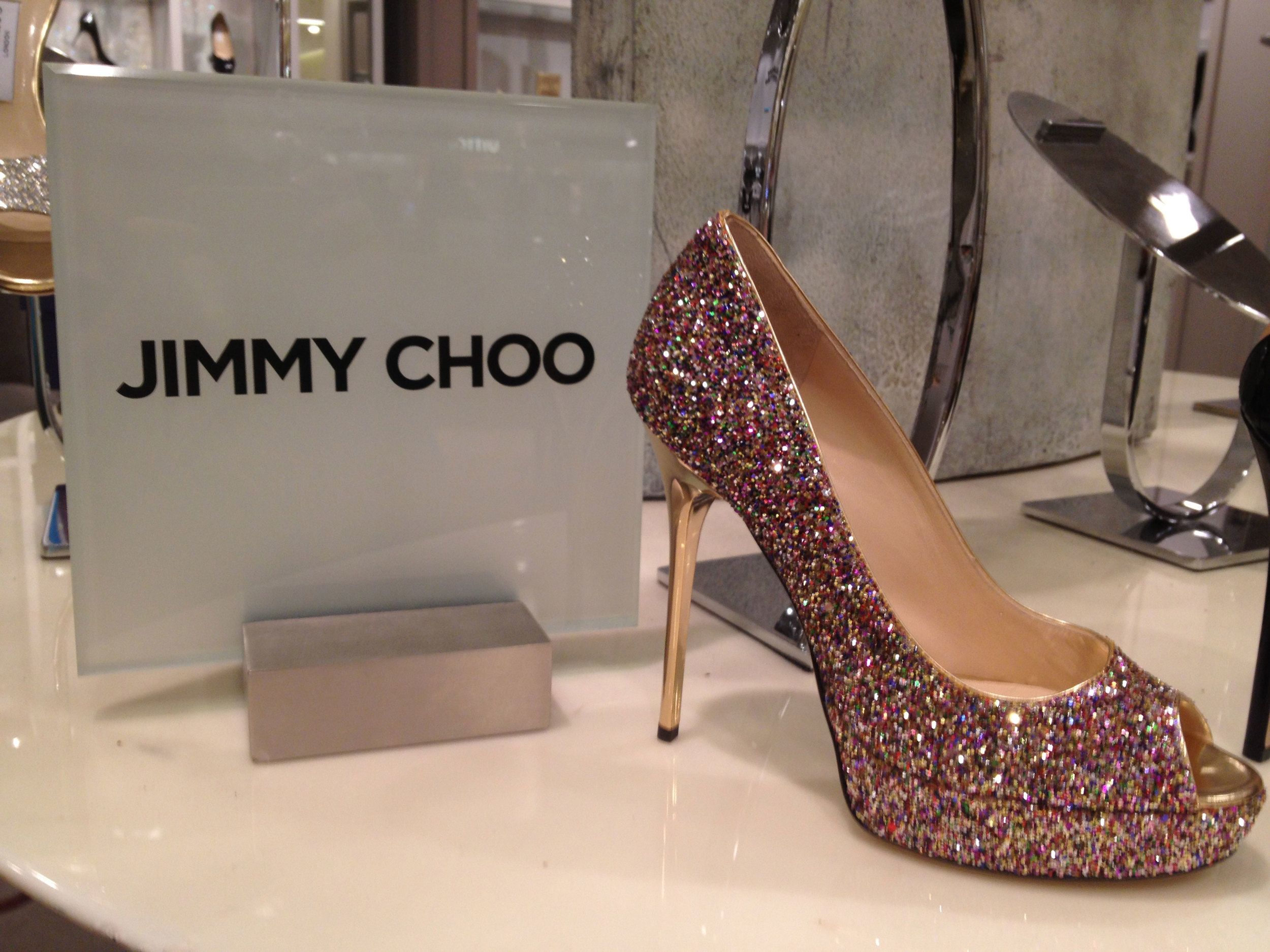 Sassy shoes! Glitzy stilettos = a fixture of Southern couture.