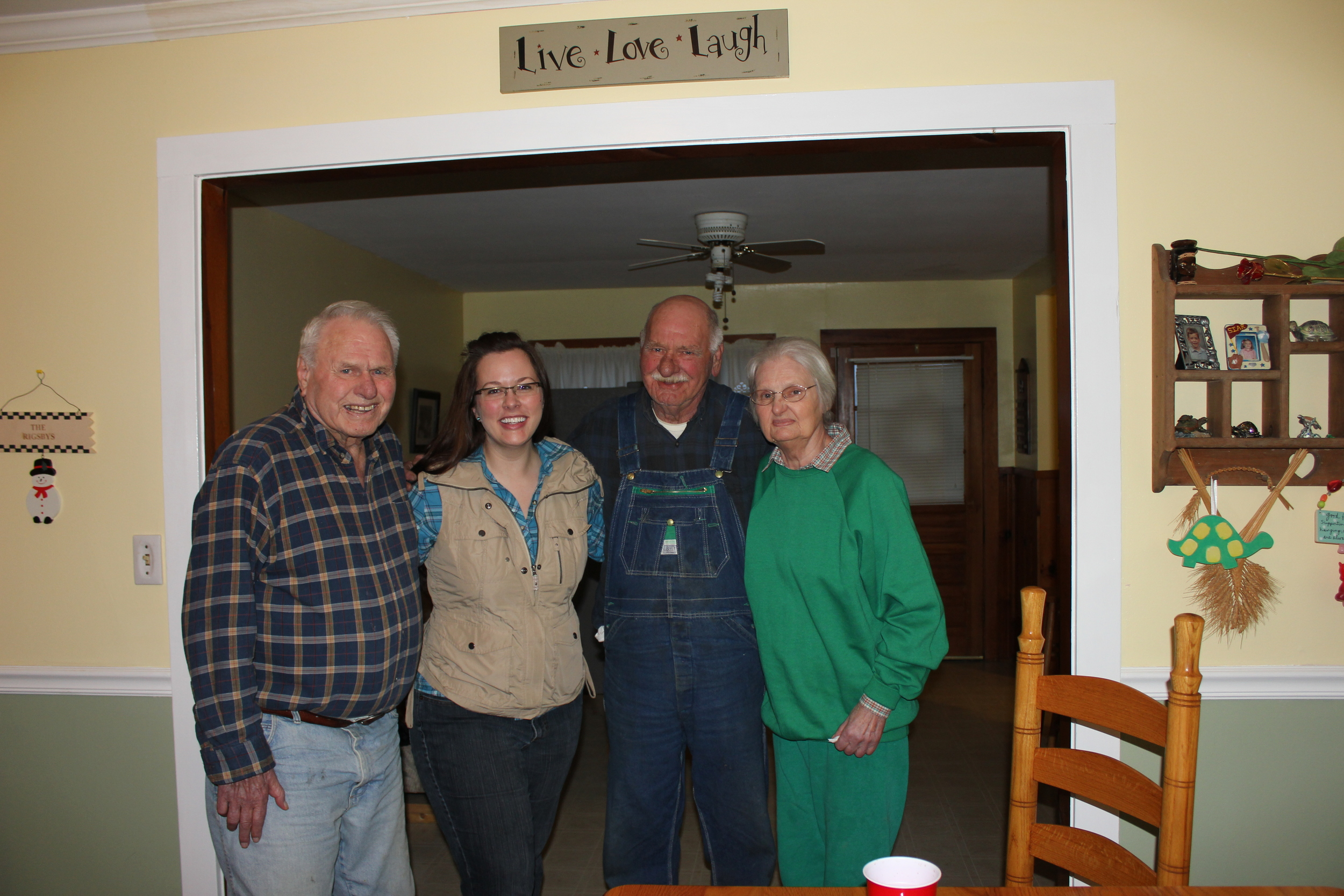 With my Dad's brothers and sisters. They are a spittin' image of my Dad. And I adore the fact that all four of us are wearing plaid flannel.