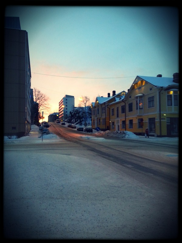 Yesterday morning going to gym I had to take this picture. It almost feels like spring..