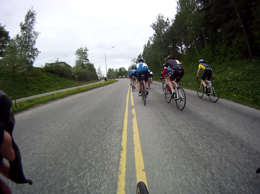 At the bottom of the hill where I made the attack. The front of the pacegroup is already at the top of the hill.