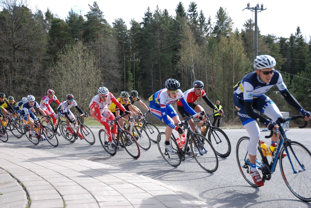 Sasu controlling the peloton (picture by Klaus von Wendt)