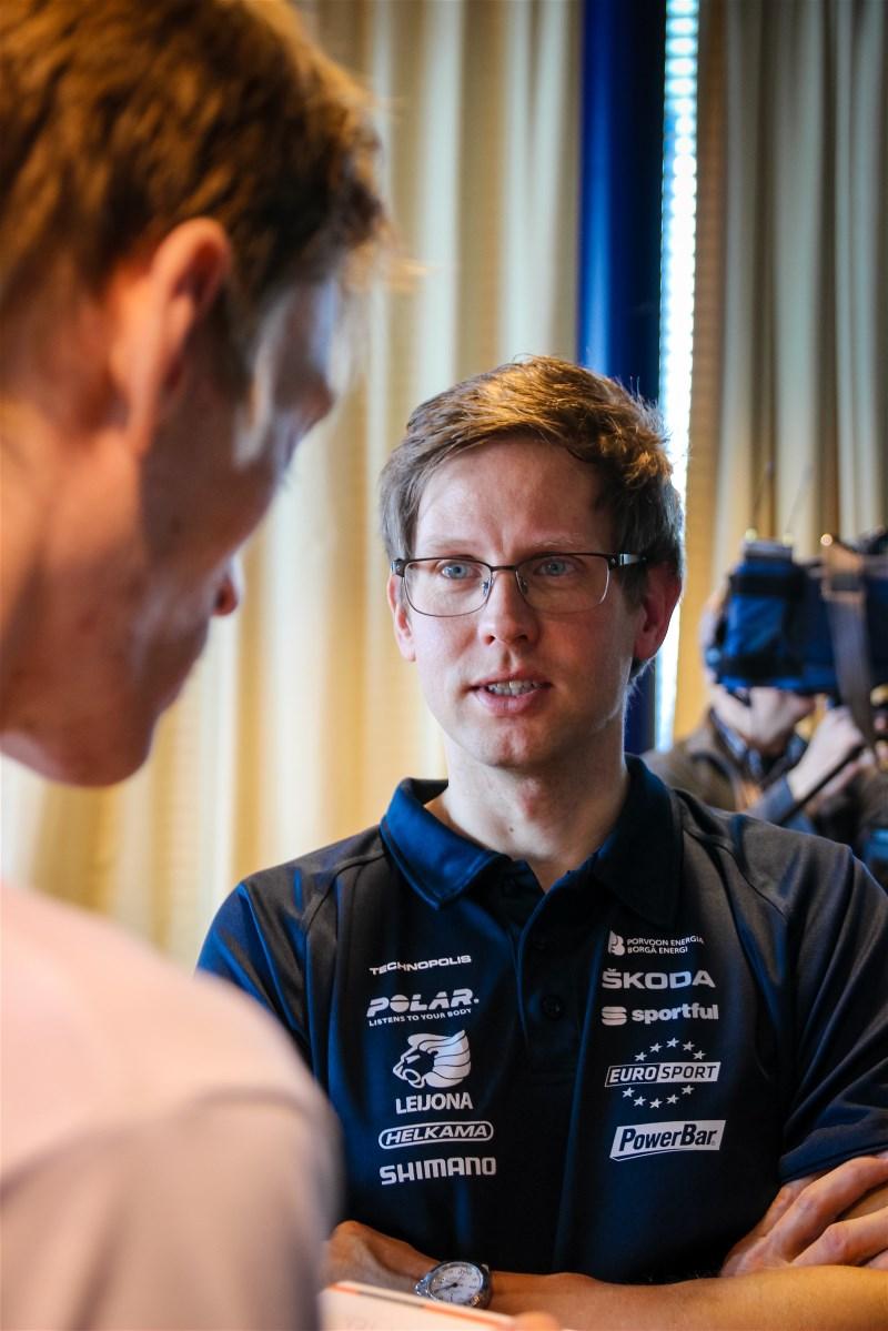 Kjell being interviewed by HBL