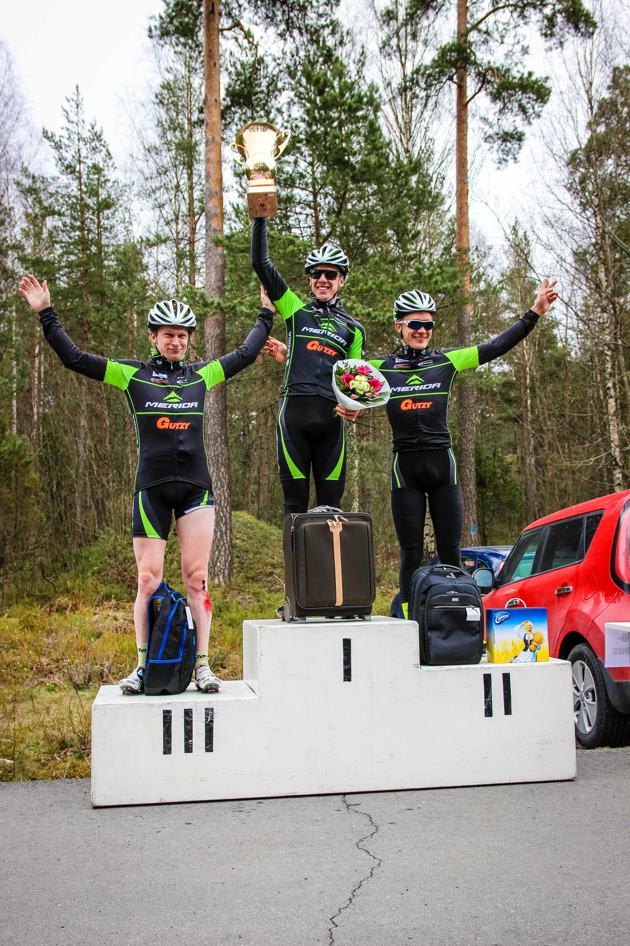 Elite podium, Sami Tiainen (3rd), Ben Carman (1st) and Roope Nurmi (2nd)