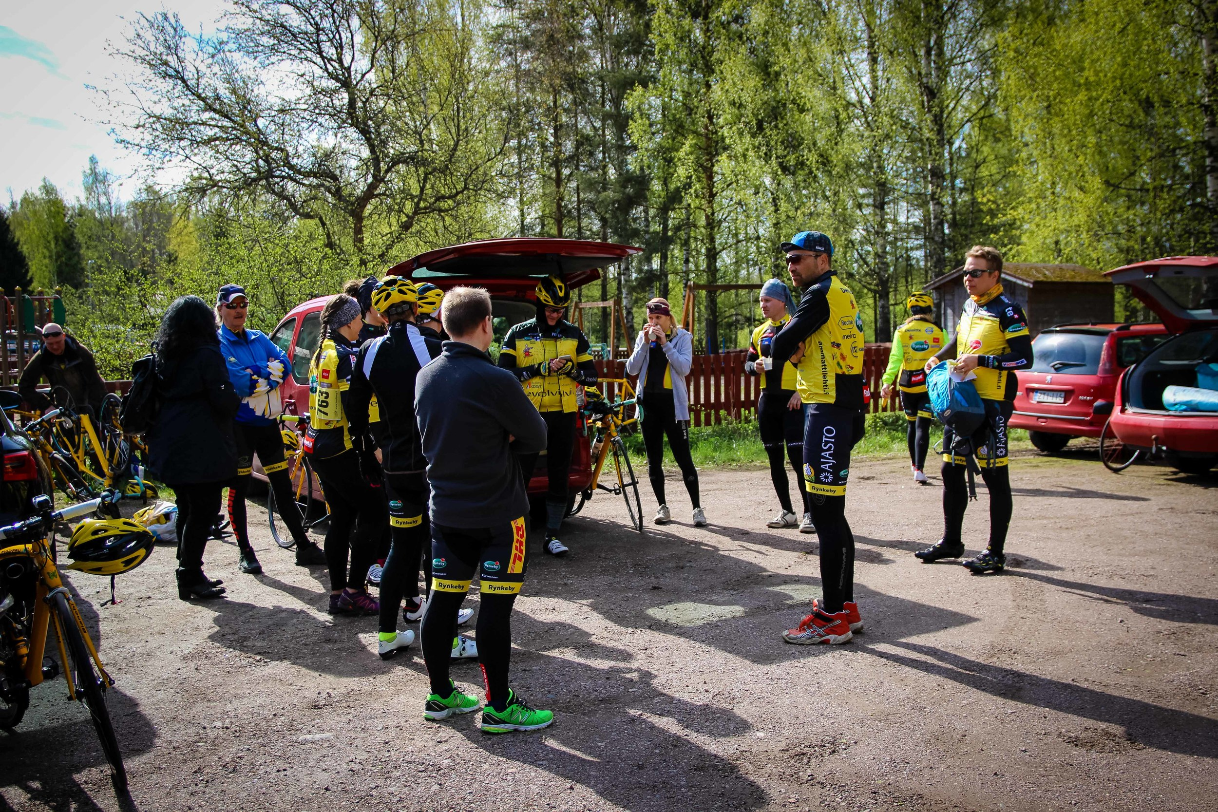 Team Rynkeby gathering before the race start