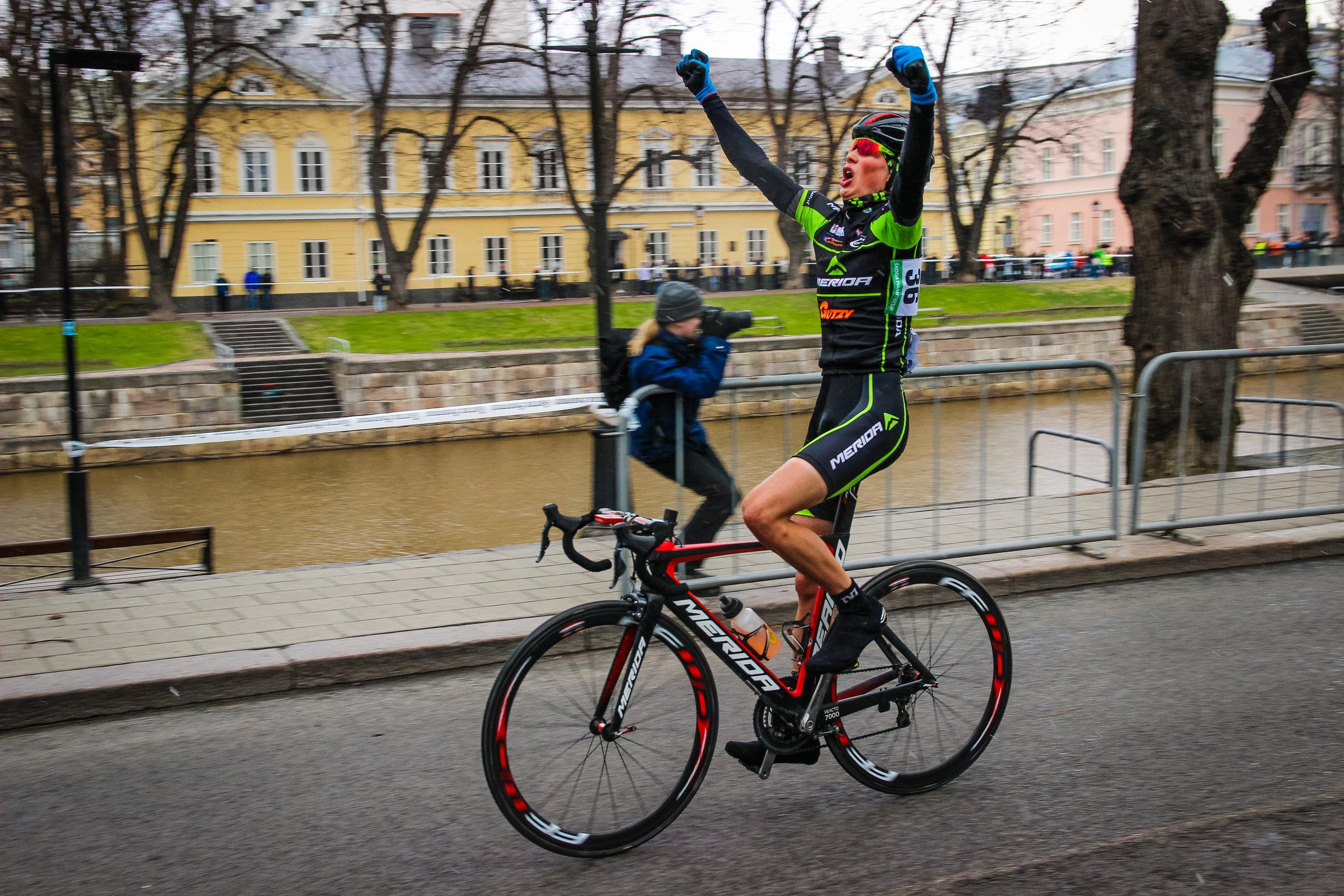 Jaakko Hänninen won the race with a great solo performance.