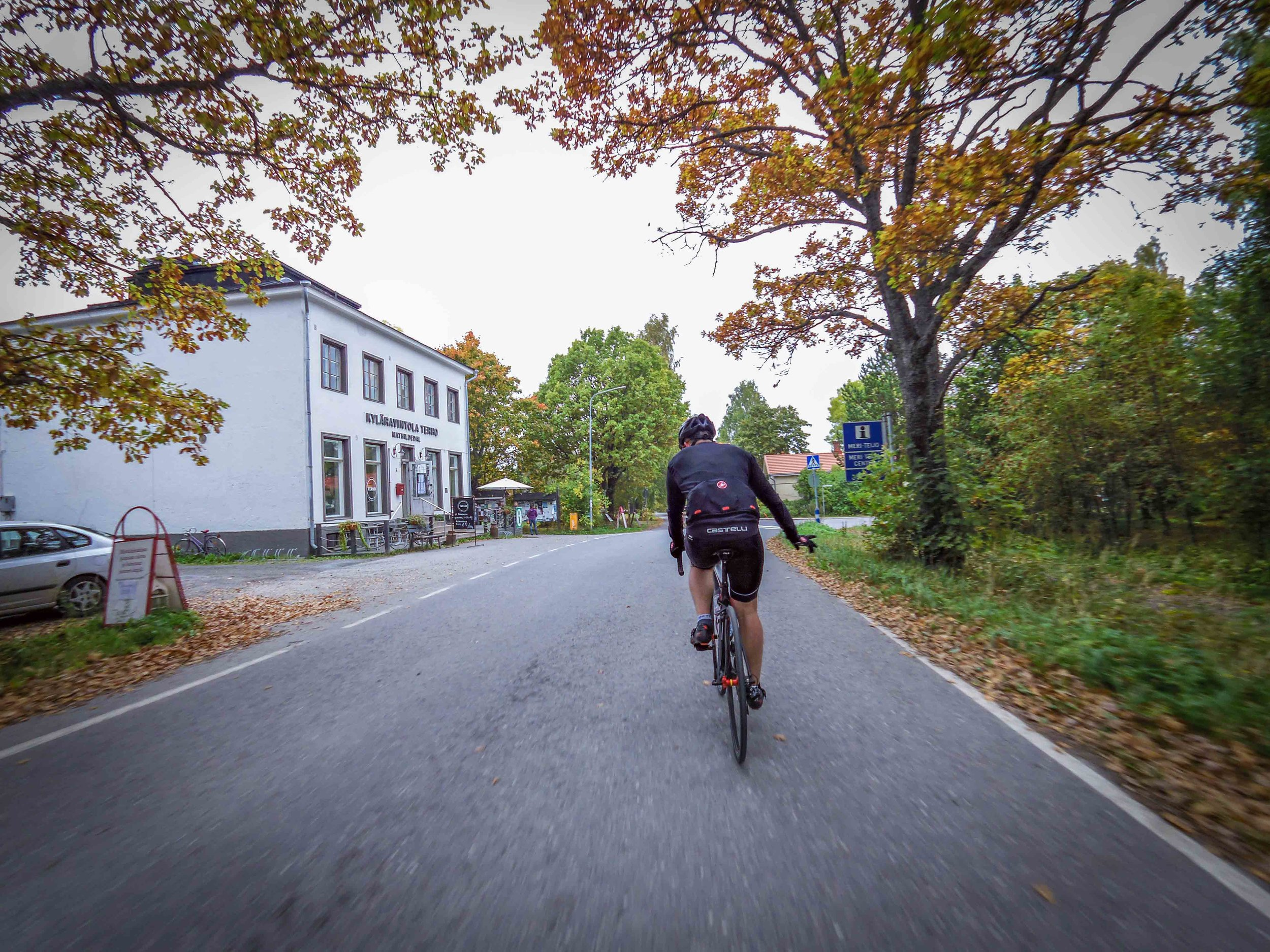 Riding through Mathildedal during the season finale.