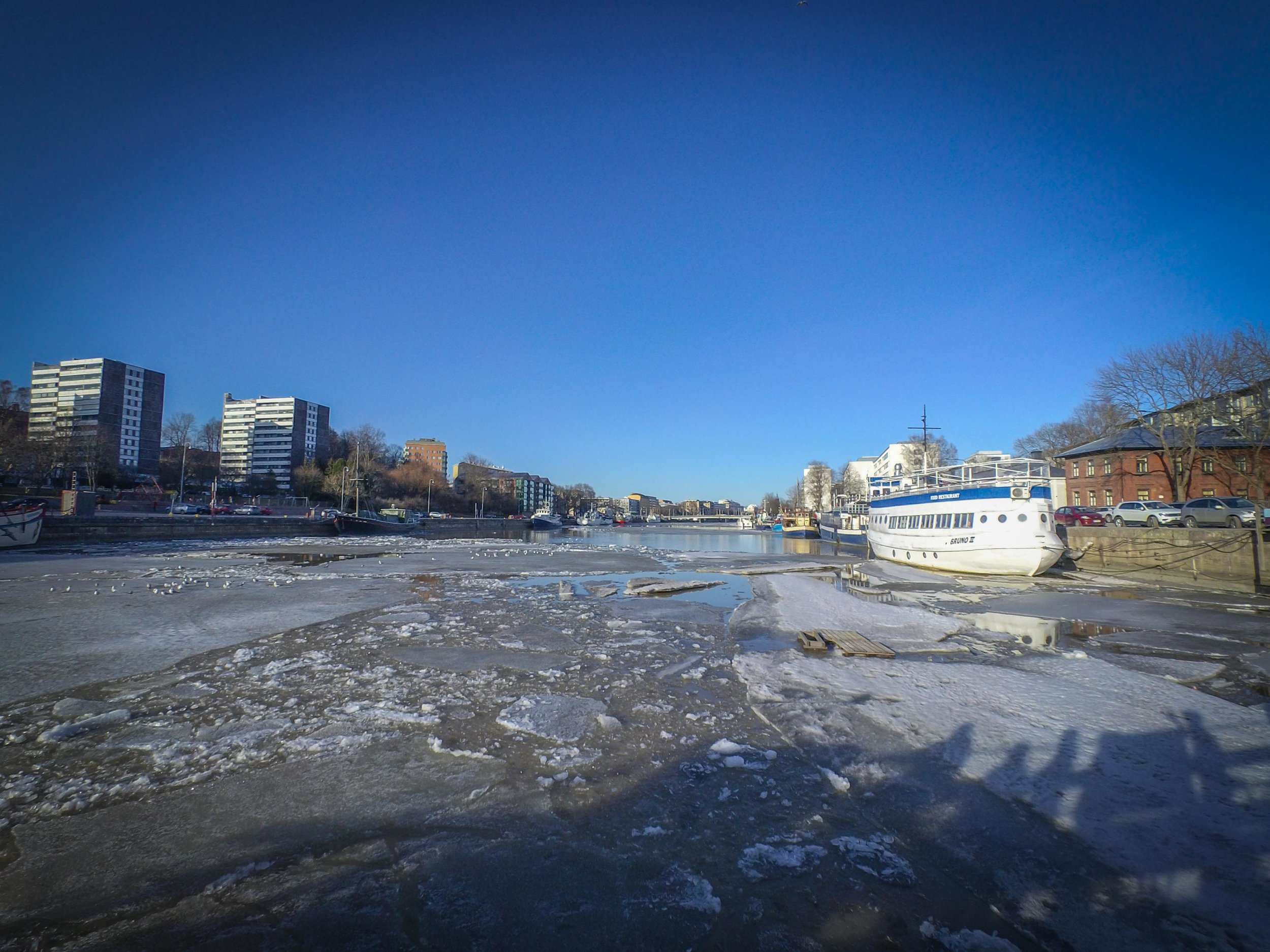 There was still plenty of ice in the Aura river