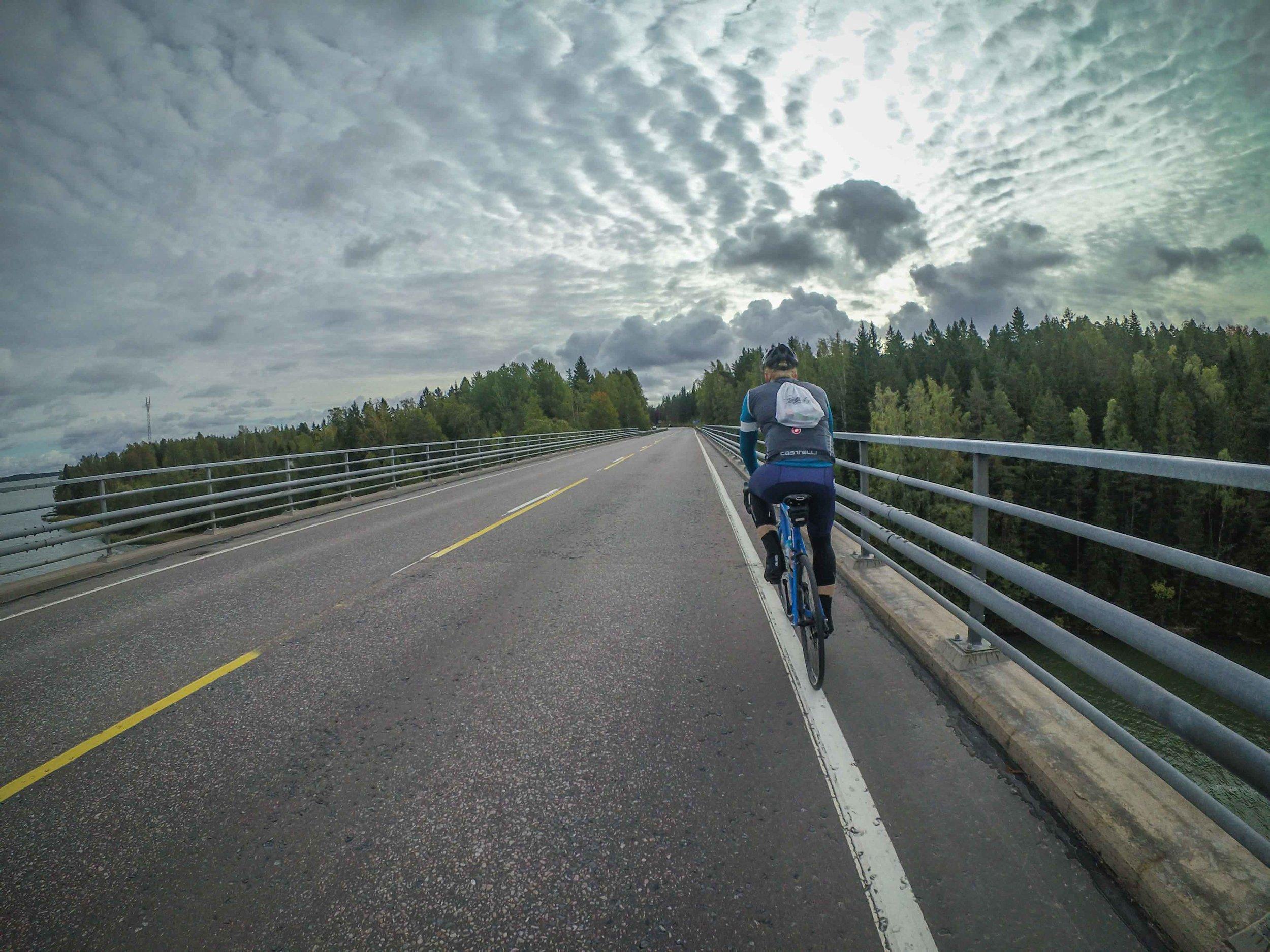 Crossing the bridge to Kimitoön