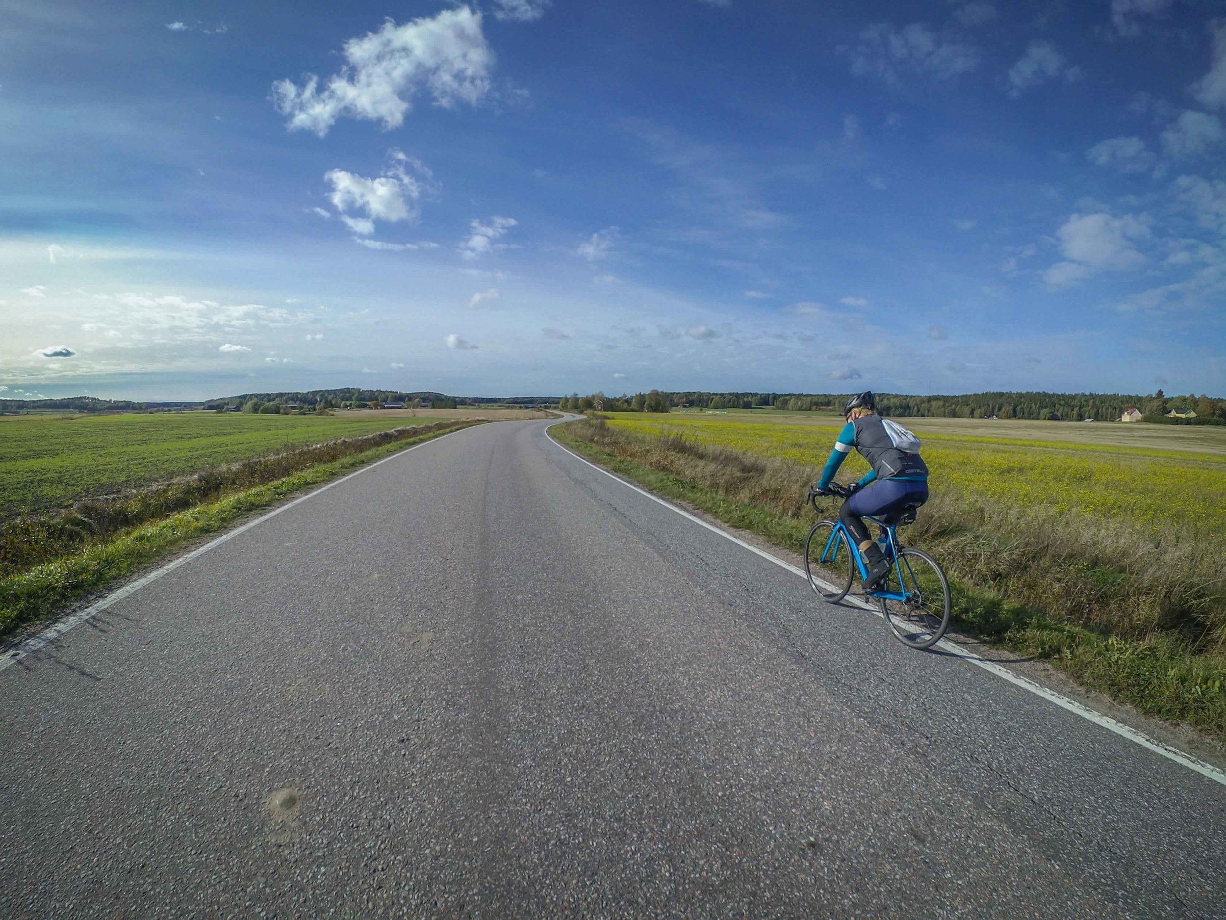 Silent roads on the countryside offering a headwind-tunnel