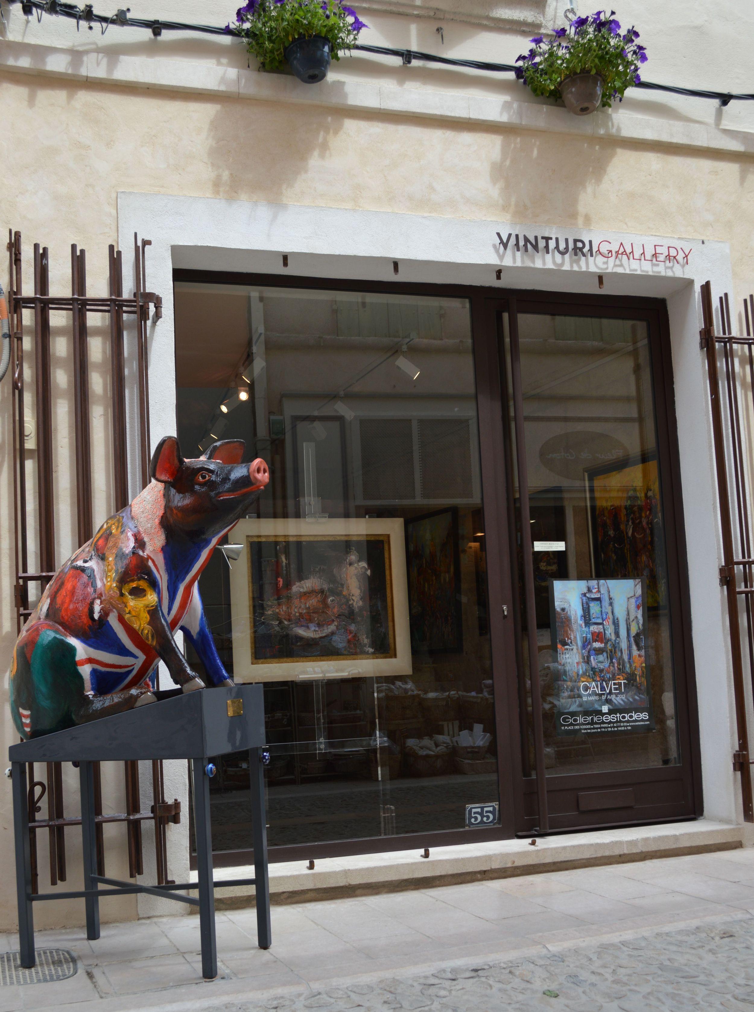 """Michel Calvet's """"George the Pig"""" sitting outside Vinturi Gallery."""