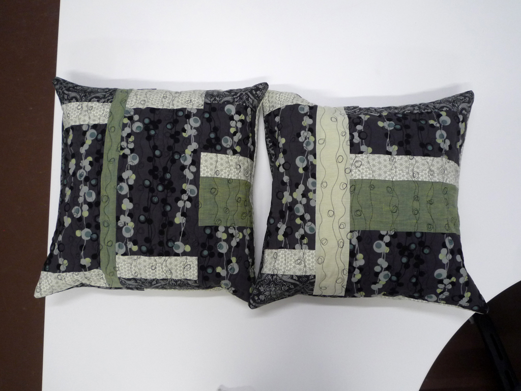The pillow forms are the wrong size, but hopefully you get the idea.