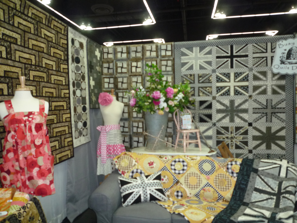 A great booth put together by Busy Bee Quilt Designs, right here in the greater Portland area!