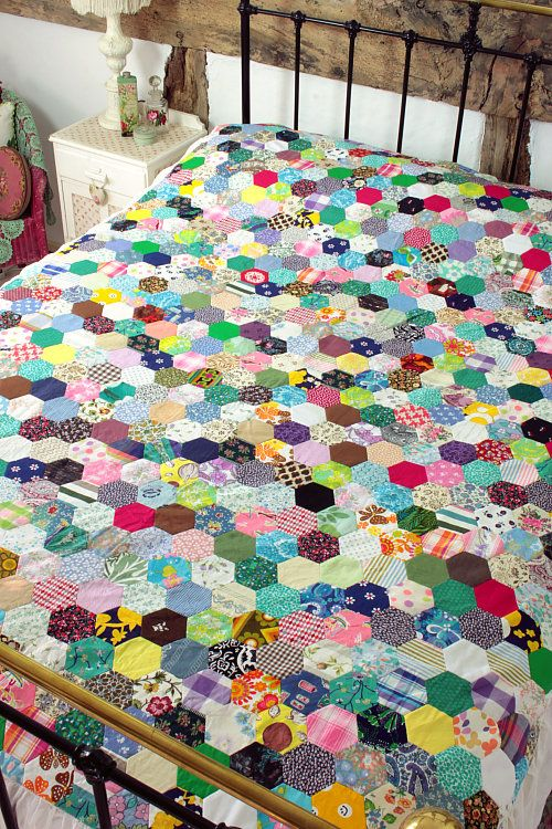 Vintage Hexagon quilt, maker unknown, via Pinterest.