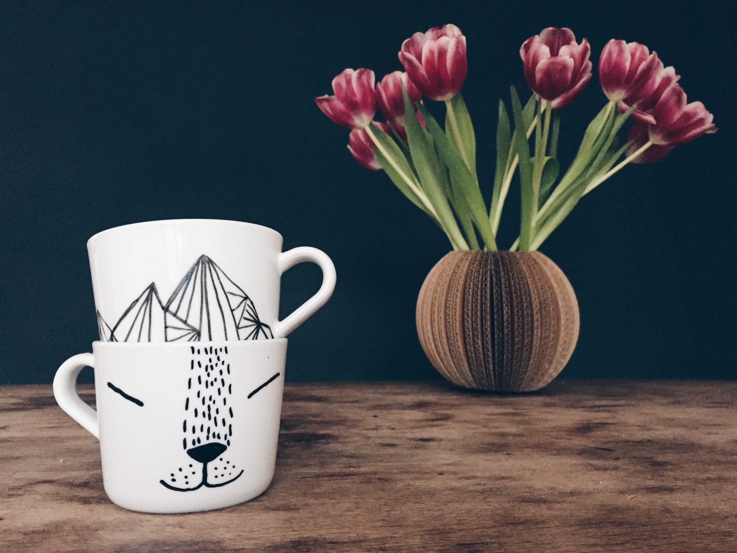 DIY painted ikea mugs