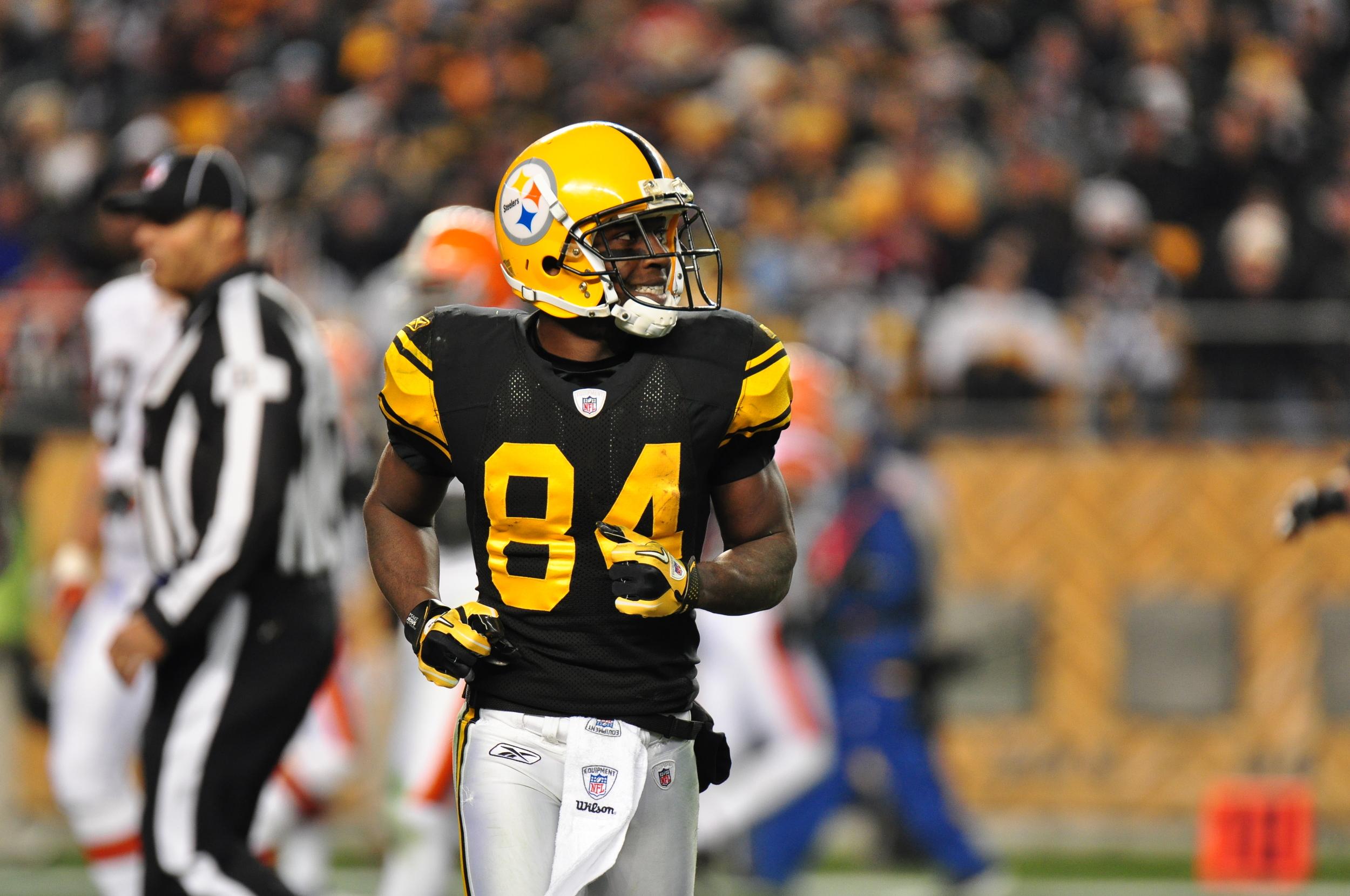 132 Antonio Brown Steelers vs Browns 2011.jpeg