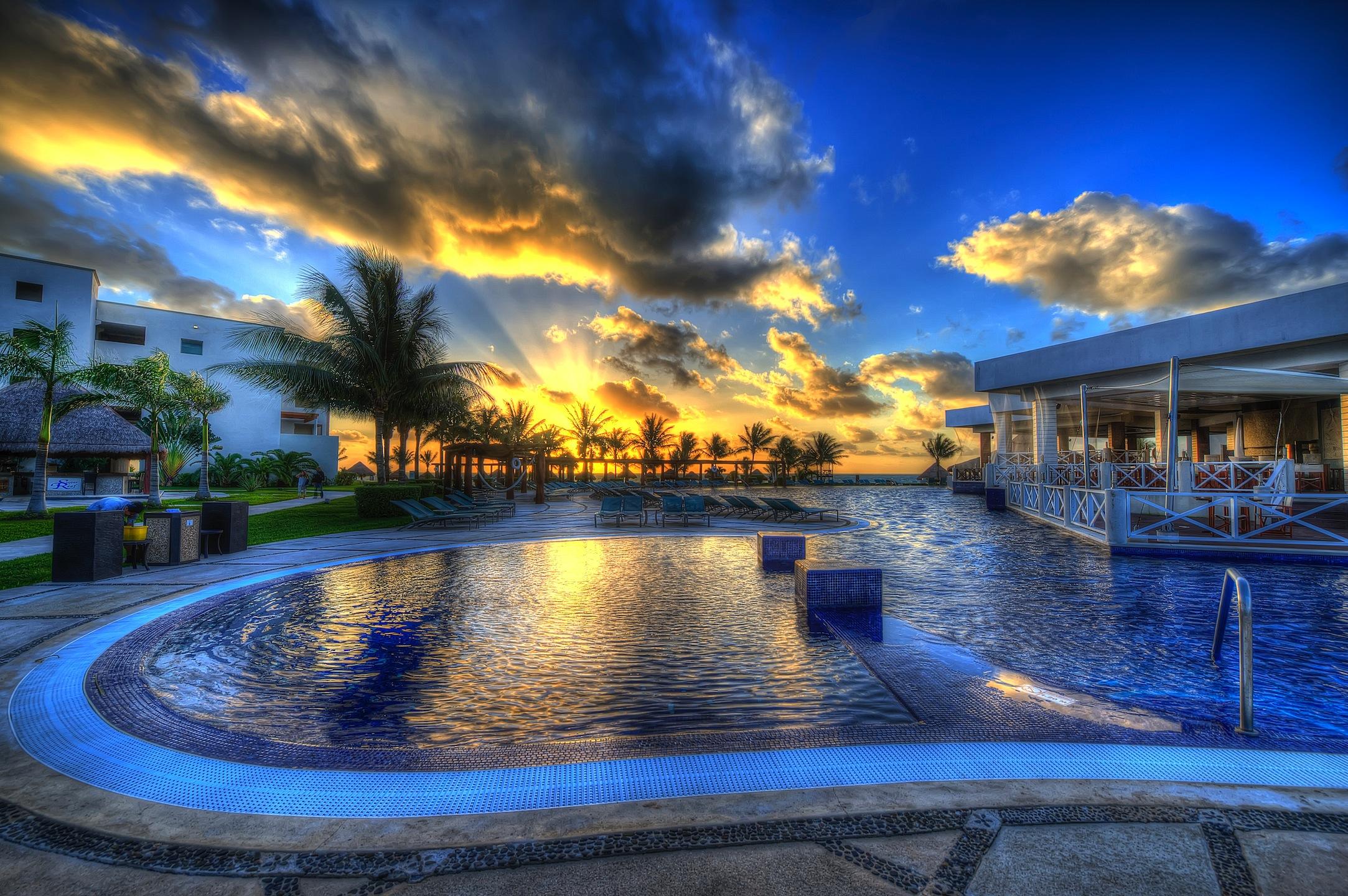 Resort Pool (Mexico)