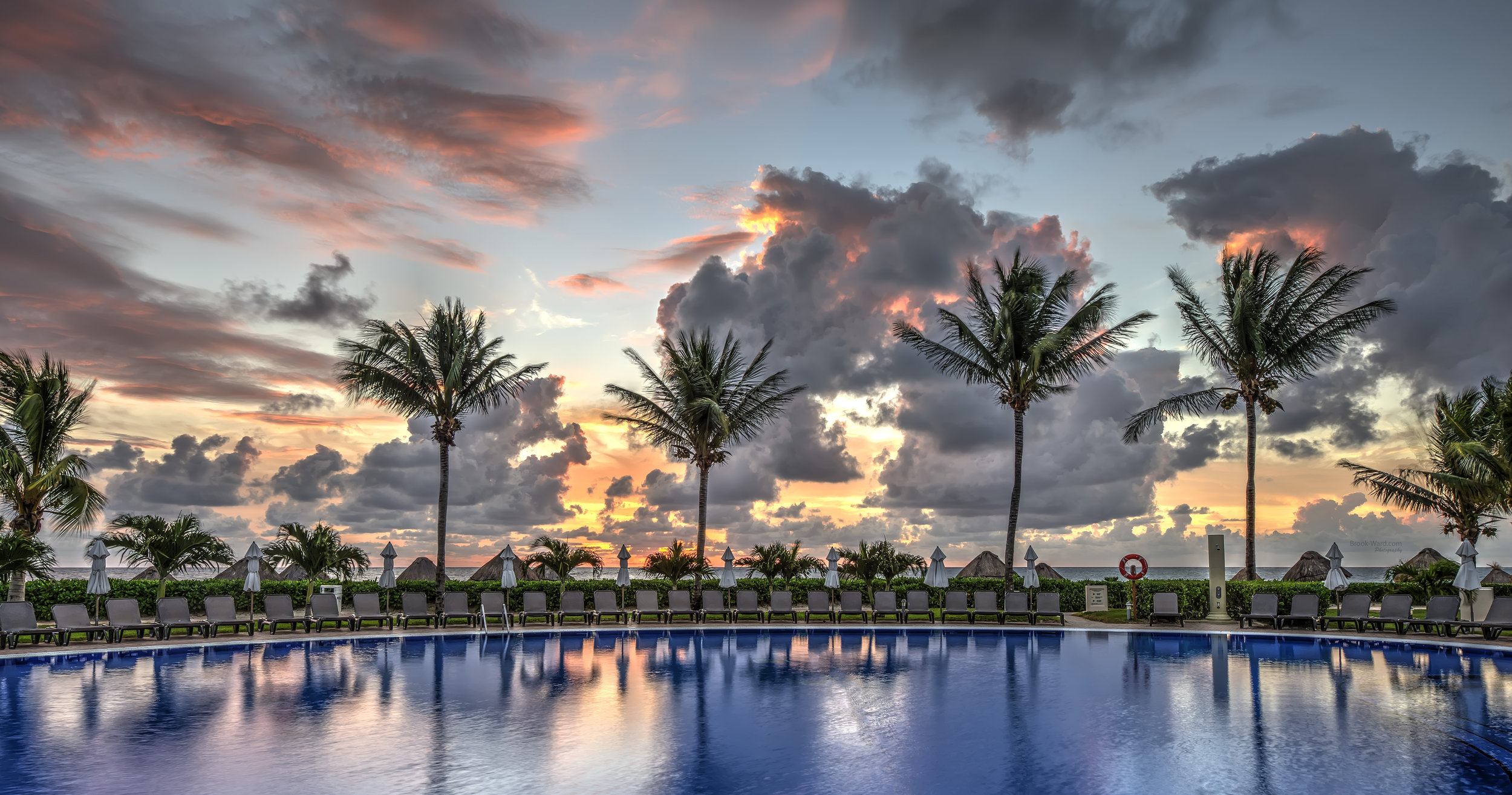 Resort Sunrise