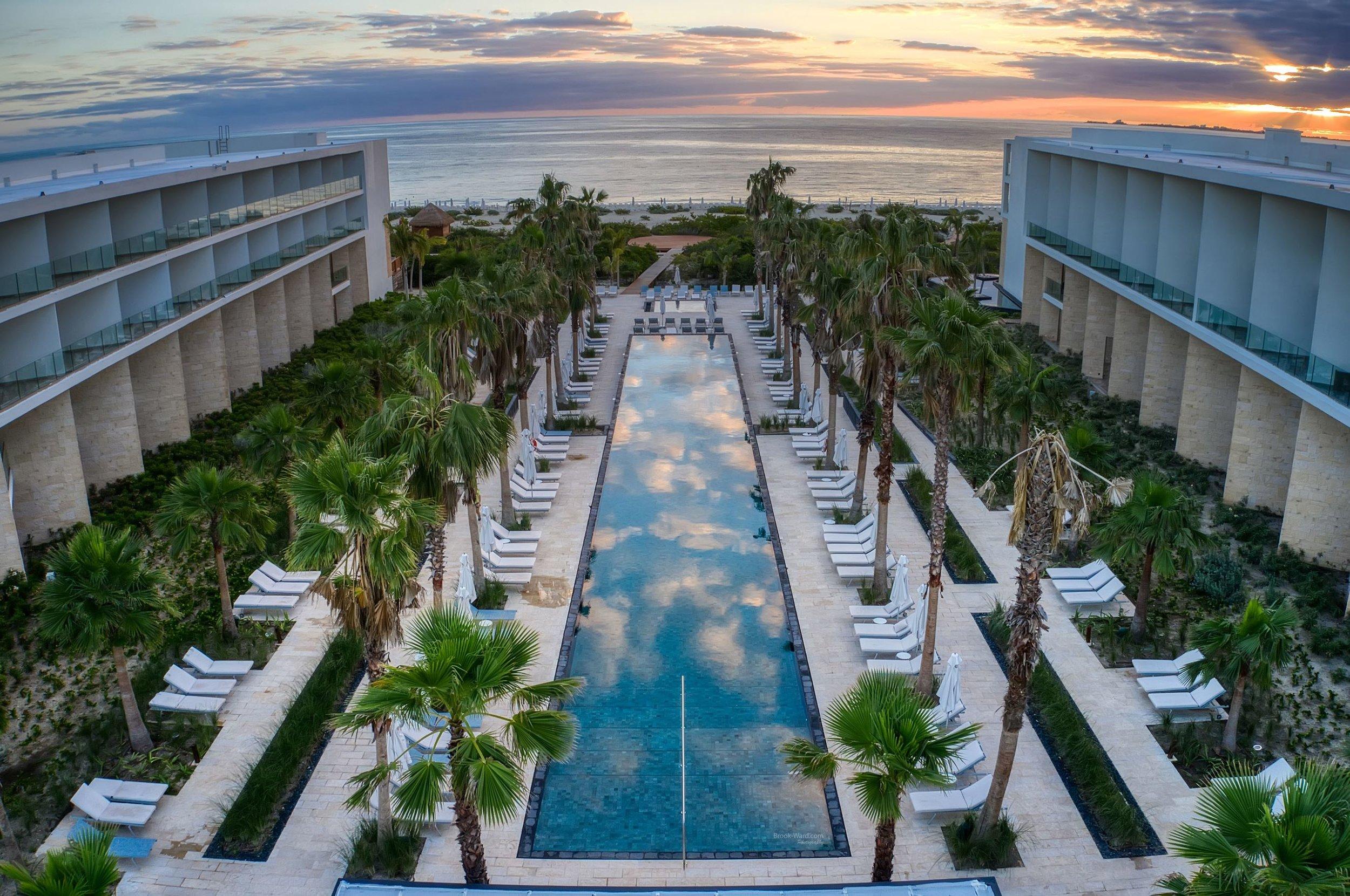 Beach Pool - Cancun