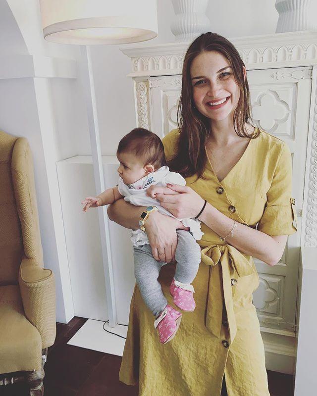 My 2 beautiful girls 😍 #princess #babyadventures #portugal @torredepalma #beautiful #travel #wanderlust #marriott #lifetimeplatinum