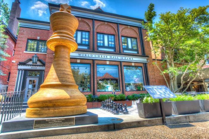 chesskinghdr-700.jpg