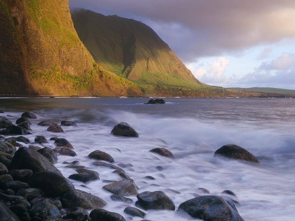 sea_cliffs_of_molokai-1024x768.jpg