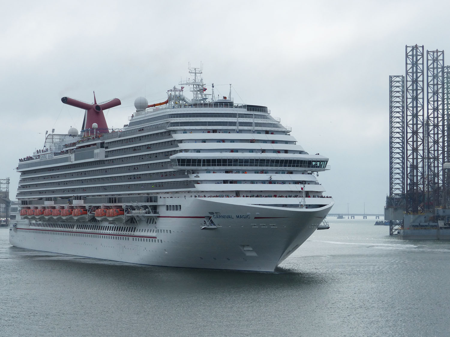 Here comes the Carnival Cruise ship