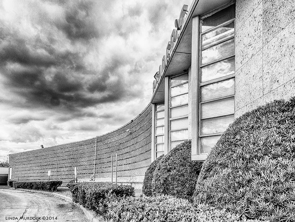 Once modern office building    Sony A77 II with DT 16-50mm 1/500sec. f/5.6 ISO 200