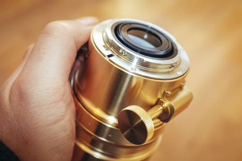 This Petzval manual focus lens that was re-released in 2016 is focused via this large knob situated at its base.