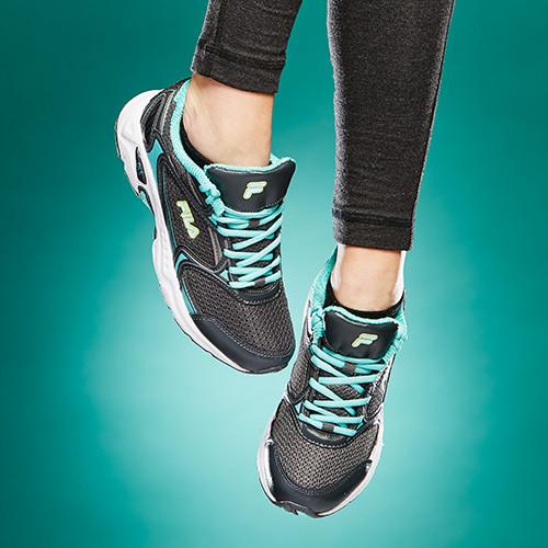 148092_footwear_02.jpg