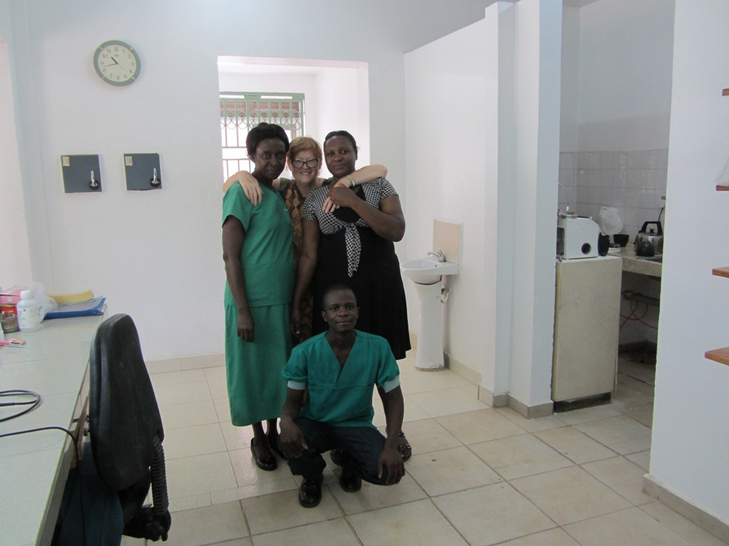 Kinga with the dental staff in the new dental Clinic extension