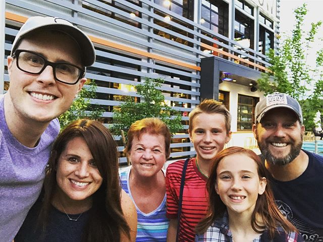 When a work trip intersects with an opportunity to see family. 💯