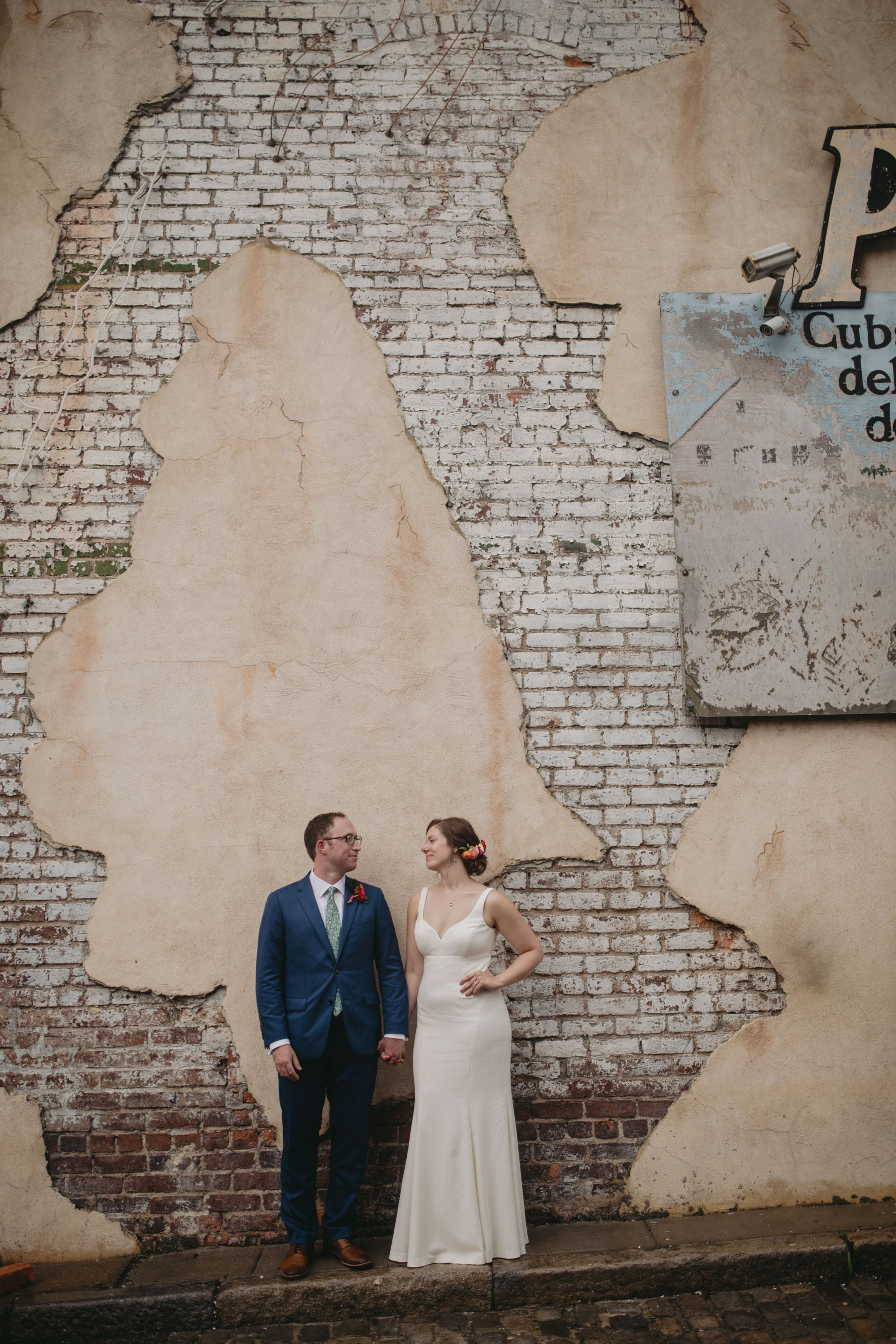 richmond virginia wedding havana 59. Alleyway portrait.