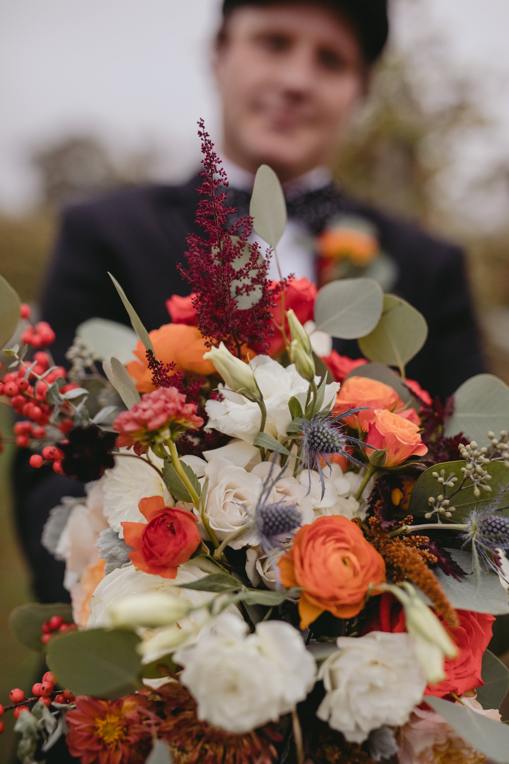 Autumn Richmond VA winery wedding at Upper Shirley Vineyards with lush garden florals and old Hollywood glamour boyquet