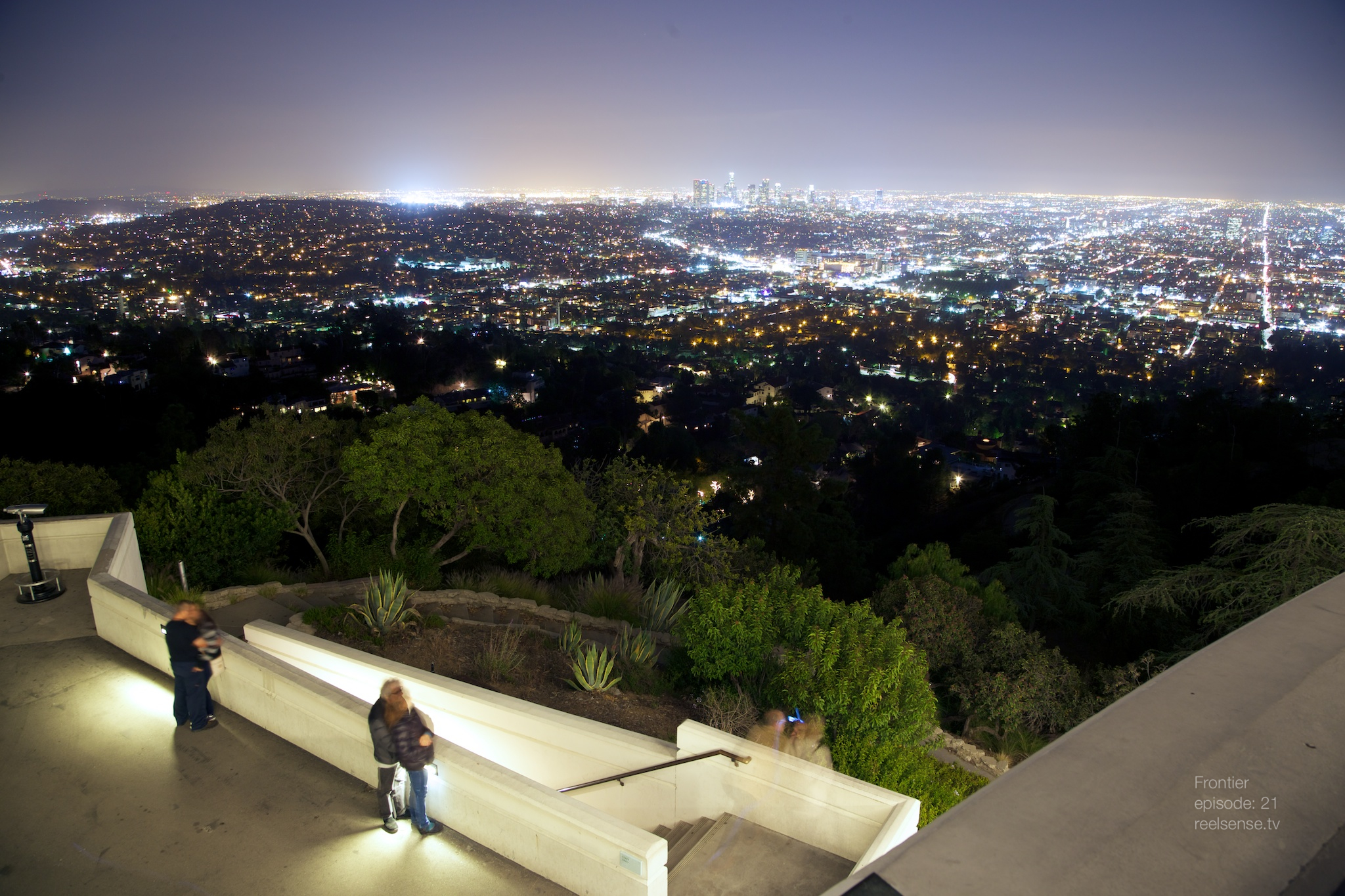 Griffith Observatory - Los Angeles - Scenic night view of the city of LA